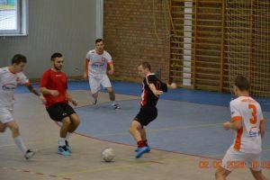 Walka o medale Żukowskiej Ligi Futsalu na ostatniej prostej