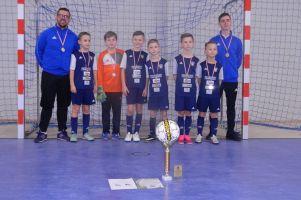 Zwycięstwo Wierzycy Stara Kiszewa w Turnieju Piłki Nożnej Halowej Kiełpino Cup rocznika 2010