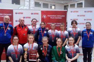 Zespół Olimpico Malbork / Pantery Sierakowice na podium turnieju Lotos Griffin Cup w Bojanie