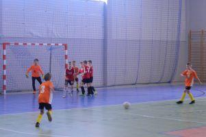 Halowa Liga Juniorów w Kiełpinie po przedostatniej kolejce sezonu