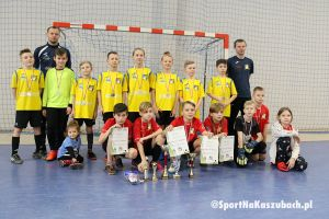 Turniej o Puchar Ligi zakończył sezon Halowej Ligi Juniorów roczników 2008 i 2010 w Kiełpinie