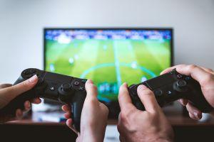 Zagraj w domu w turnieju FIFA 2020. OKiS Żukowo przyjmuje zapisy do e-sportowego turnieju