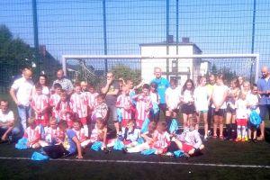 Europejski Tydzień Sportu BeActive 2016 na orliku w Sierakowicach. Turniej piłkarski z udziałem chłopców i dziewcząt