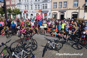 Kręcimy dla Piotra. Ponad stu rowerzystów pojechało w charytatywnym rajdzie