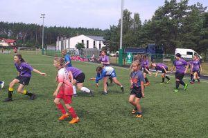 Piłkarki z Sierakowic rozpoczynają treningi przed IV ligą. Proszą o wsparcie, by móc zrealizować marzenia