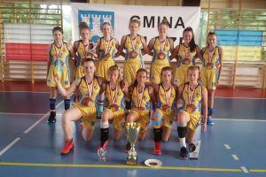 Świetny początek sezonu młodych koszykarek zespołu Trops & Bat - wygrały międzynarodowy turniej w Ujeździe