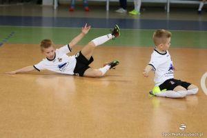 kielpino_turniej_futsalu_17-04-2016_11.JPG