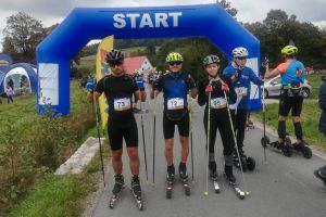 Zawodnicy sekcji narciarskiej Cartusii Kartuzy startowali w zawodach nartorolkowych