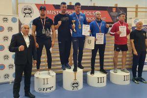 Kryszewski i Wilczewski mistrzami Polski w kick - boxingu kick - light. Siedem medali Rebelii w Płocku