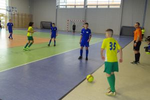 Halowa Liga Juniorów w Kiełpinie. Rozpoczęły się rozgrywki roczników 2008 i 2010