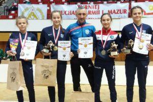 Zapaśnicy i zapaśniczki Cartusii oraz Moreny na podium Pucharu Warmii i Mazur