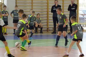 Amator Kiełpino i Wierzyca Stara Kiszewa wciąż na czele Halowej Ligi Juniorów