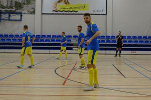 Beniaminek 03 Starogard Gdański - Amator Kiełpino. Pechowy remis w meczu na szczycie II ligi