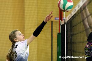 Najmłodsze siatkarki zagrały w Wiosennym Turnieju o Puchar Wójta Stężycy