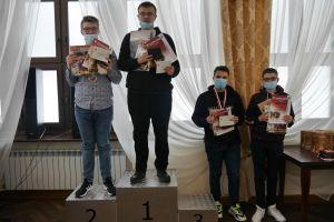 pawel-teclaf-mistrzem-polski-w-szachach-klasycznych-do-lat-18