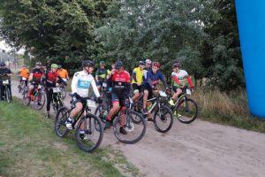 cala-dobe-na-rowerze-we-wrzesniu-rajd-rowerowy-arkun-w-sulminie