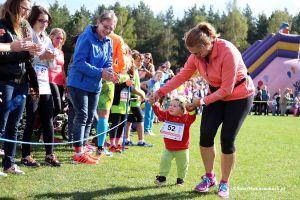 Bieg Arasmusa 2016 - zdjęcia ze startów dzieci i biegu rodzinnego  Run and Fun w Kiełpinie