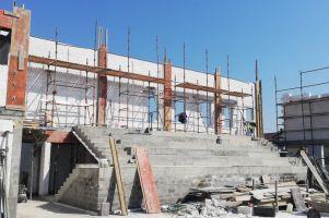Trwa budowa sali sportowej przy Szkole Podstawowej w Załakowie