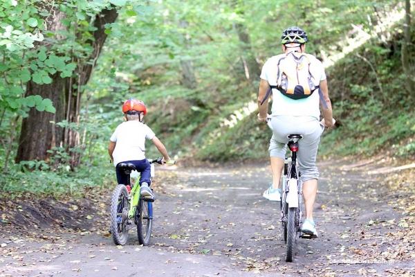 rodzinna-przejazdzka-rowerowa-po-gminie-zukowo