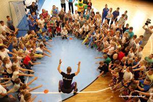 Kacpa i koszykarze Trefla poprowadzili trening w Kartuzach