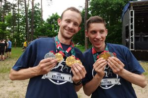 Wojciech Serkowski został akademickim mistrzem Polski w biegach przełajowych 2021