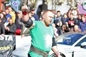 Maciej Hirsz drugi w Pucharze Świata Strongman w Kijowie