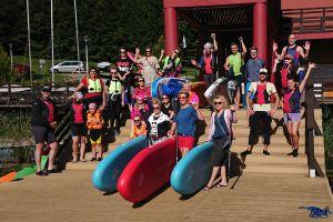 Miłośnicy desek SUP zakończyli lato rekordowo licznym spływem