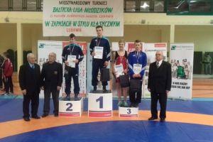 Zapaśnicy Cartusii Kartuzy medalistami Międzynarodowego Turnieju o Puchar Burmistrza Lubawy